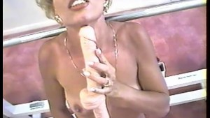 She Gets Her Pussy Licked - Snatch