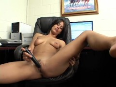 Some Time To Masturbate On Your BUisy Office Schedule - Screw My Wife