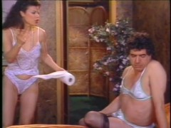 She Like His Stockings - Dreamland Video