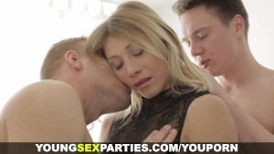 Young Sex Parties - Passionate threeway with anal