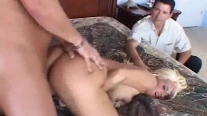 Amazing Natural Tits Swinger