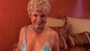 Jewel is a juicy old spunker who loves the taste of cum