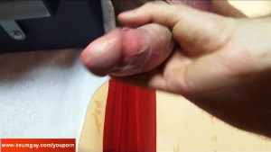 Cock massage to this gym trainer! Huge cock !