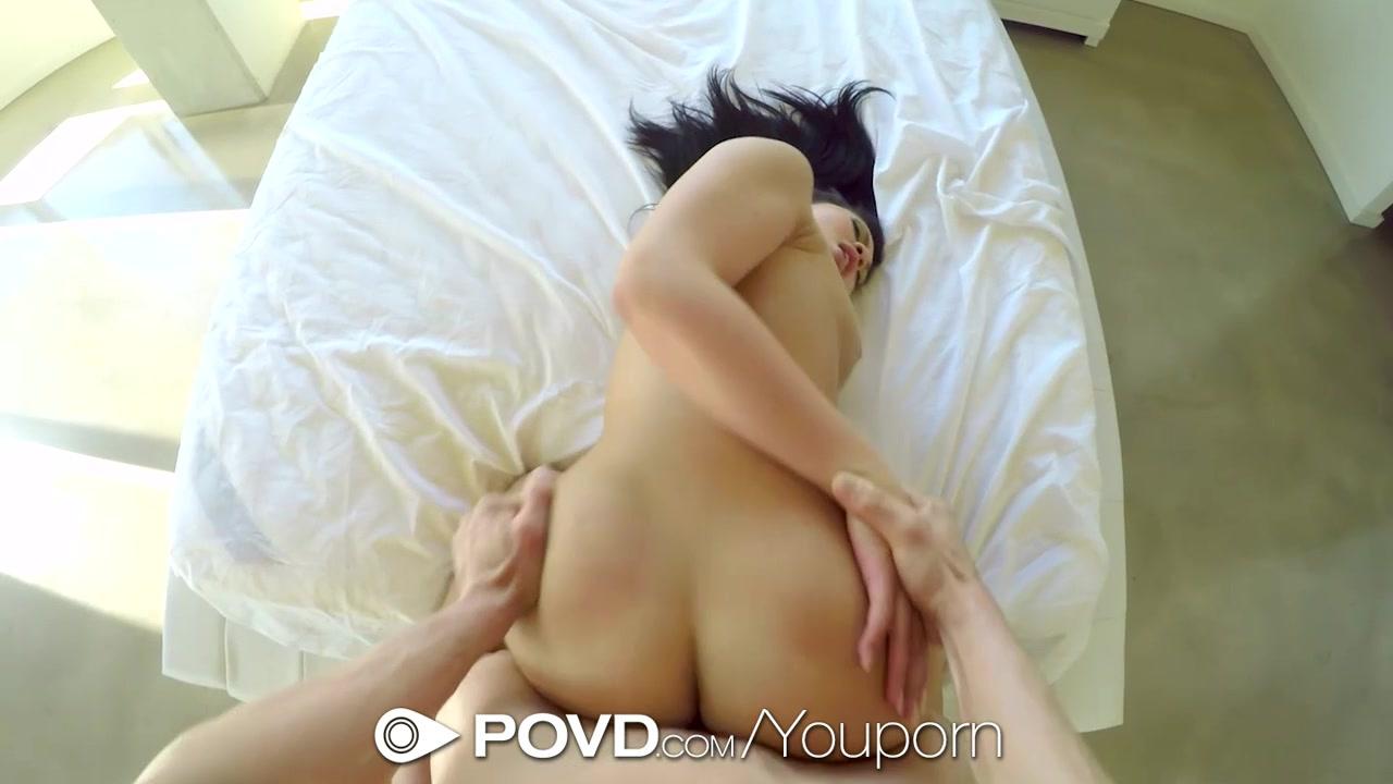 Karissa Kane serves pussy for