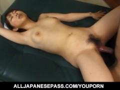 Japanese AV Model nurse loves to suck penis before is fucked