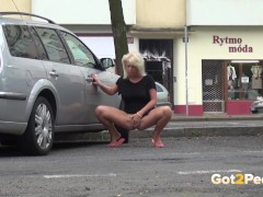 Got2Pee - Pissing in public compilation