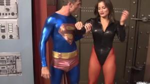 Seductress Enslaves Superman PREVIEW