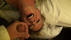Amateur Wife Double Facial