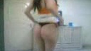 Arabic girl dancing and showing ass and tits asianvideosx com