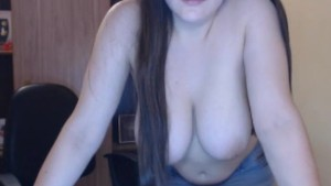 Girl from girlcams(dot)xyz plays with her HUGE TITS