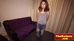 Petite thai ladyboy in jeans jerking off