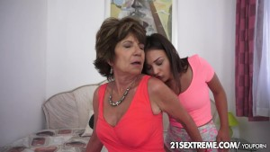Stunning ageless lesbian love with Anina and Katala
