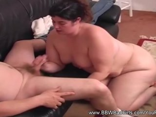 Brunettes Milf Short video: BBW Short Hair Handjob