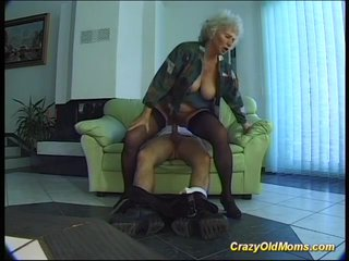Anal Bigbreast Blowjob video: busty mom needs a strong cock