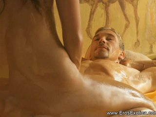 Asian Couples Desi video: Blonde Massage From Exotic Turkey