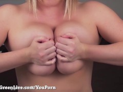 Picture All Natural Big Tit Maggie Green Shakes Her...