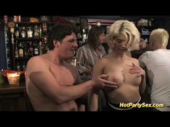 Picture Gangbang at the cocktail bar