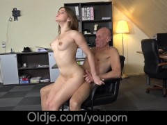 Picture Evelina asks her old trainer to please her h...