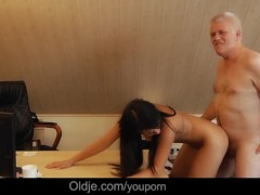 Smutty professor old Nick facialize 18 years old girl