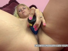 Picture Busty coed Brianna Johnson stuffs her tight...