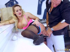 Picture Brazzers - Cali Carter is a bad girl