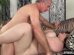 Picture Sexy plumper Holly Jayde hardcore sex