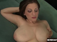 Picture Sexy and seductive Jessica Roberts takes a f...
