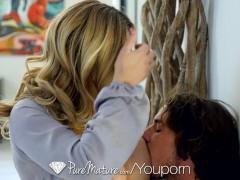 Picture PureMature - Stepmother Olivia Austin seduce...