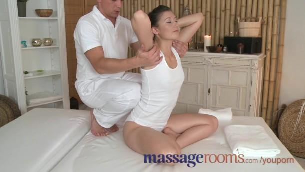 massage room squirt