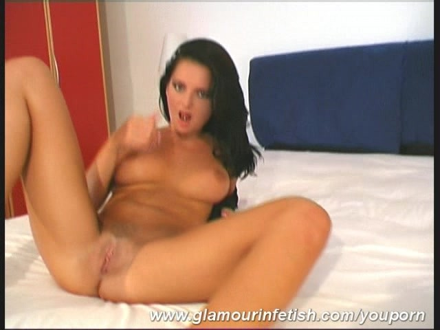 porn star fingering SunPorno  Amateur girlfriend fingering on the bed.