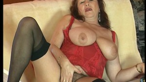 Mature Natural Woman Shows Her Body - DBM Video