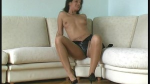 Susi streching in nylon pantyhose