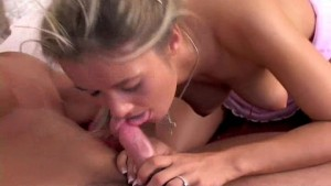 Young Blonde Loves Fucking