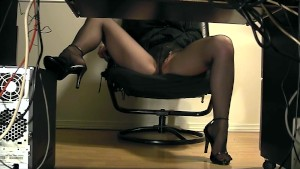Secretary underdesk masturbation