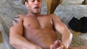 Cody Cummings - Perfect BJ to cumshot