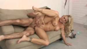 Blondie milf likes to fuck...