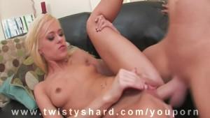 Stud hammers Pornstar Pussy