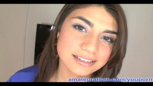 Latina Coed Gives Killer Head!