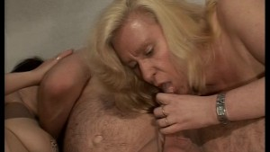 Lucky guy has two ladies playing with his penis(clip)