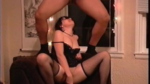 Milf moaning while she fucking works (clip)