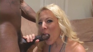Blondie Craves That Black Cock