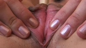 Extreme CloseUp of Pulsating Clit and Vagina