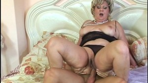 Mature Socialite Loves Pearls and Peckers (clip)