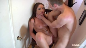 gisselle leon sucking dick in public