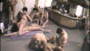 Gangbang in the basement - Inf