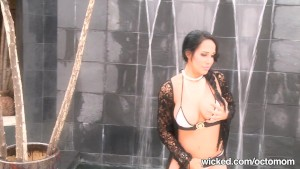 """Nadya """"Octomom"""" Suleman Big-Tit & Tight Pussy Uncovered & Uncut"""