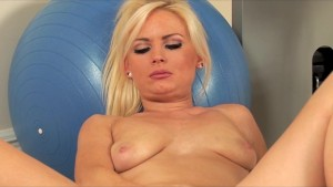 Cute blonde Alexis Jade rubs h
