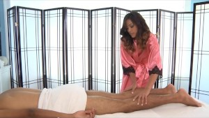 Alliyah Skye Gives a Massage a