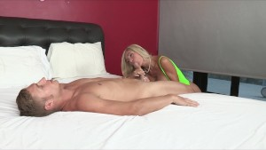 Big-tit blonde MILF shares her