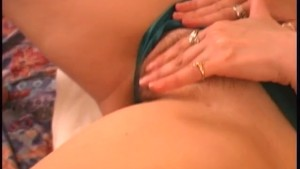 Mature woman masturbates - Brookland Brothers
